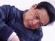 中国工艺美术大师、中国陶瓷艺术大师,享受国务院特殊津贴。曾任龙泉瓷厂厂长、总支书记、龙泉青瓷研究所所长,龙泉市第九届人大常委,浙江省七届政协委员。